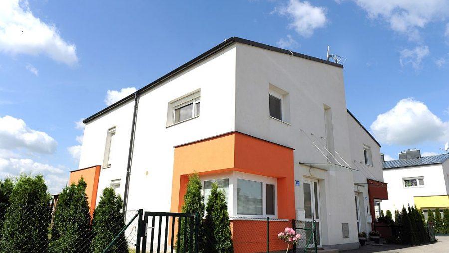 Immobilie von Wien-Süd in 2421 Kittsee, Schloßgärtnerei 41-60 #0